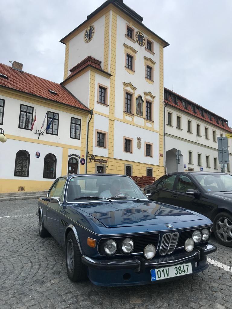 BMW 2.5 CS zroku 1974 tovární označení E9